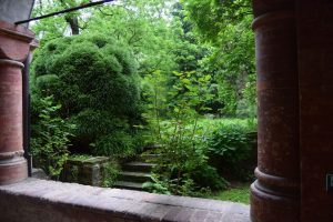 009-giardino nel chiostro