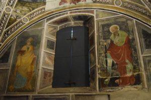 063- i santi Pietro (sinistra) e Paolo (destra)