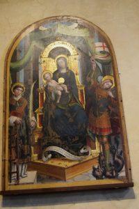 132-Tavola di Defendente Ferrari: al centro Maria in trono, a dx San Michele e a sn san Lorenzo