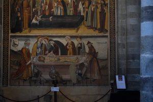 135-Gesù è deposto nel sepolcro