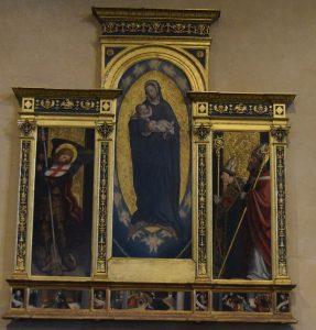 137-polittico di Defendente Ferrari: al centro Maria che allatta il bambino; a dx S Giovanni Vincenzo presenta alla vergine un nuovo vescovo; a sn arcangelo Michele