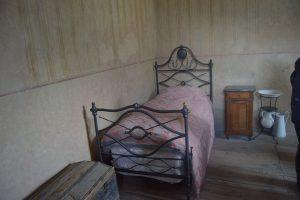 024-il letto sobrio