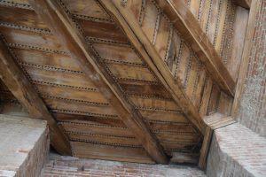 077-soffitto originale in legno