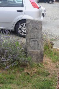 121-cippo con MT: militia templi