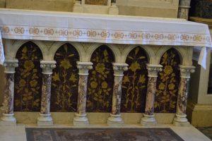 089-particolare dell'altare