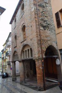 035-Palazzo Arcarici o casa di Teodolinda