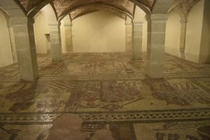 076-pavimento della chiesa  preesistente